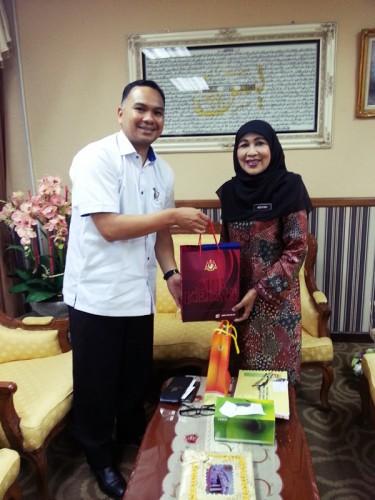 Kunjung Hormat YBhg. Dato' hajjah Azuyah Binti Hassan, Pengarah Pelajaran Negeri Kedah